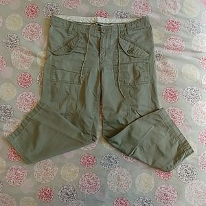 ✨4 for $35!✨GAP relaxed fit capris